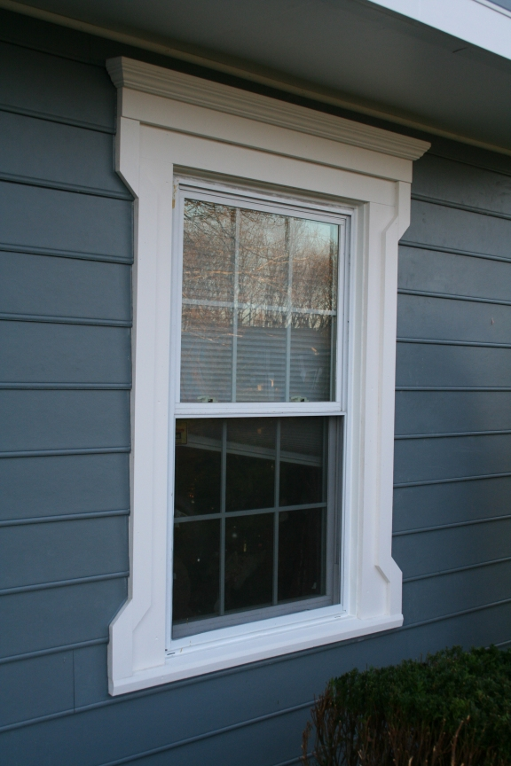 Full Folk Victorian WIndow Casing